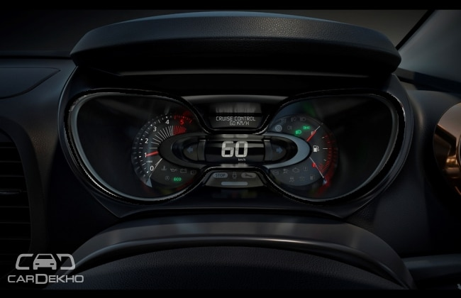 Digital and analog instrument cluster