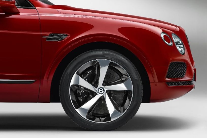 Bentley Bentayga V8 Carbon-Ceramic Brakes