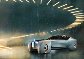 Rolls-Royce's First EV To Have A Range Of Over 500km!
