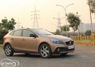 dynamic-v40volvo-v40-review