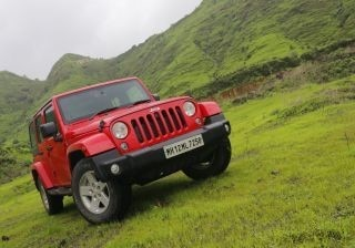 jeep-wrangler-unlimited-first-drive-review