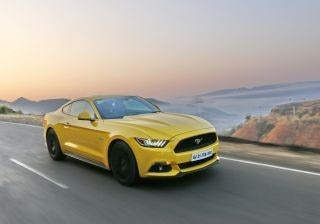2017-ford-mustang-gt-review