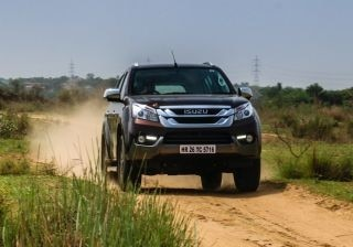 isuzu-mux-4x4-at-detailed-review