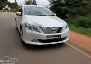 new-toyota-camry-25g-review