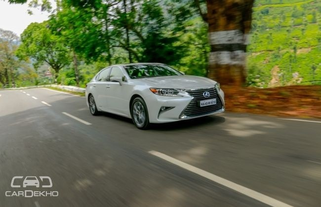 Current Lexus ES 300h