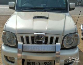 2010 Mahindra Scorpio SLE BSIII
