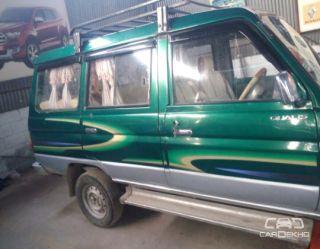 2001 Toyota Qualis FS B1