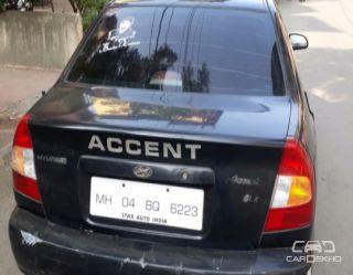 2004 Hyundai Accent GLE