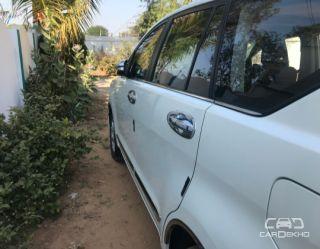 2017 Toyota Innova Crysta 2.4 ZX MT