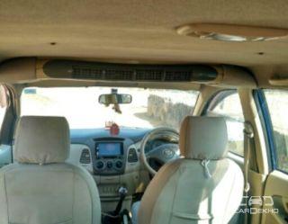 2011 Toyota Innova 2.5 G2