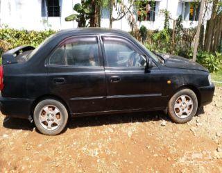 2001 Hyundai Accent GLE