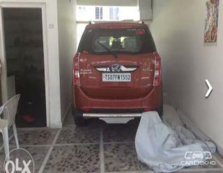2017 Mahindra XUV500 W8 4WD