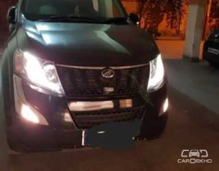 2016 Mahindra XUV500 W4