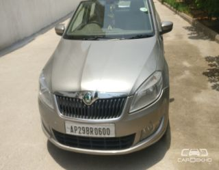 2011 Skoda Rapid 1.6 MPI AT Elegance