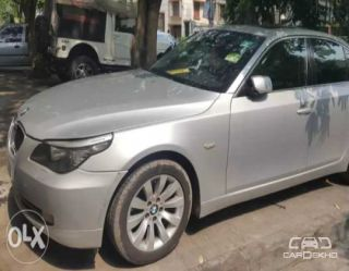 2009 BMW 5 Series 525i Sedan