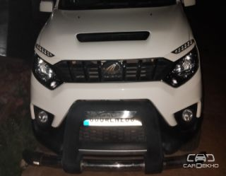 2016 Mahindra NuvoSport N8